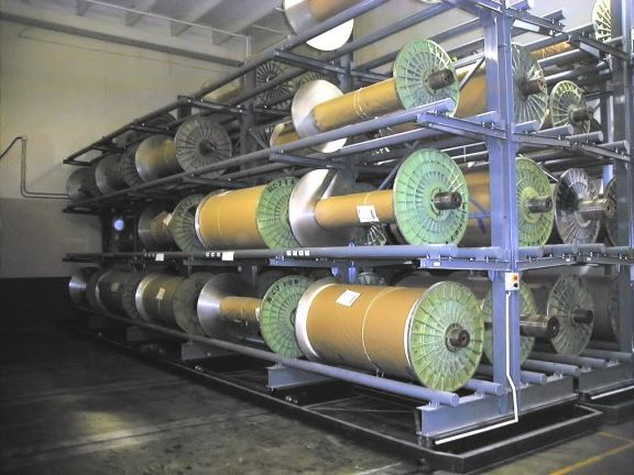 Loom beam roll storage