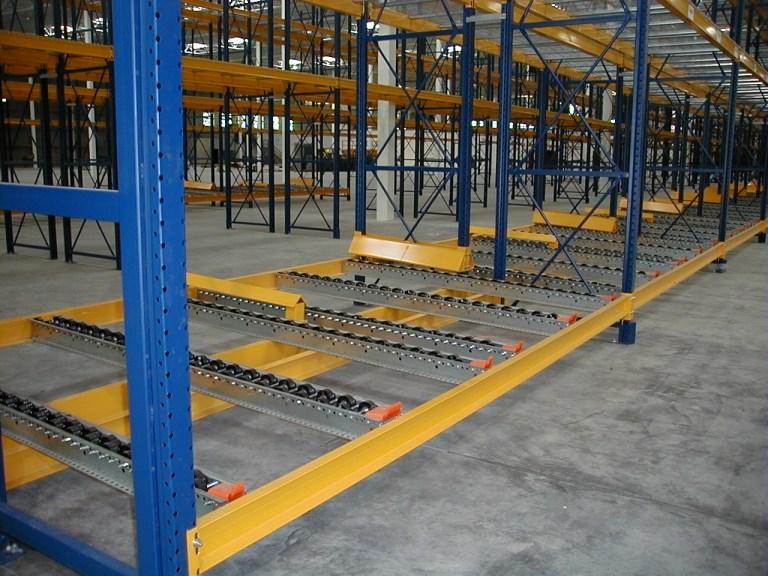 Pallet flow rails 2