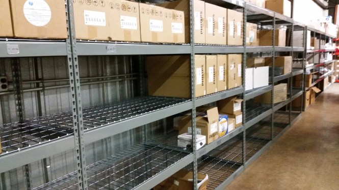 Rivet Shelving with Wire Mesh Decking (3)