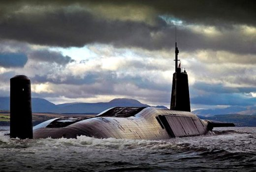 Royal Navy HMS Vengeance, HMNB Clyde, by POA(Phot) Tam McDonald (Crown)