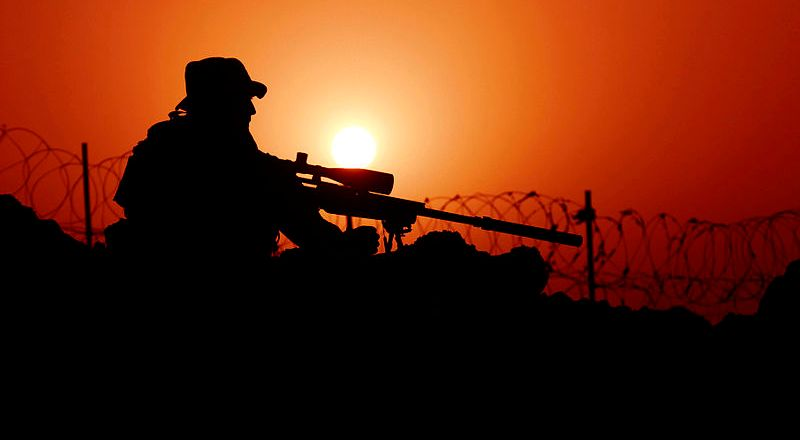 US Army Special Forces, soldier with MK12 sniper rifle, Rawah, Iraq, 7 Sept 2007, by Eli J Medellin (released)