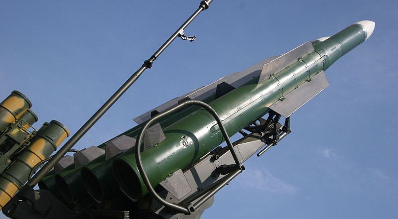 Russia, 9M317 surface-to-air missile on a Buk-M2E missile launcher, 2007 MAKS Airshow, by Yuriy Lapitsky (2007, CC2)