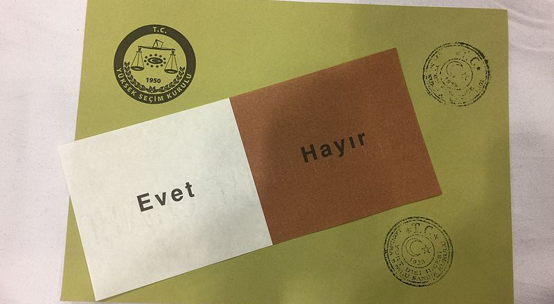 Turkey, Consitutional Referendum Voting Papers, 9 April 2917 (Nub Cake, CC4) [800px]
