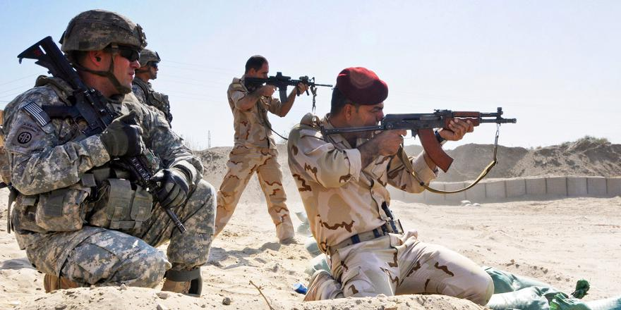 US Army 82nd Airborne Div (2nd Adivise and Assist Brigade), 325th Airborne Inf Reg, 1st Batt, training Iraqi forces at Anbar Operation Center, Ramadi, Iraq, 10 Sept 2011