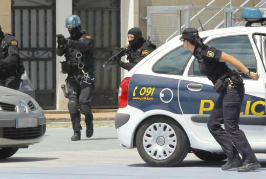 Spain, Police, Special Operations and Safety Group (Grupo de Operaciones Especiales y Seguridad, GOES), counter-terrorism (Contando Estrales, 2012)