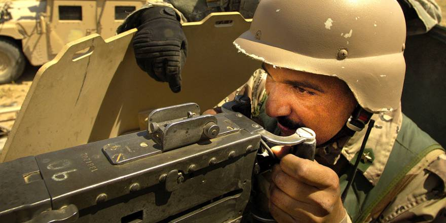 US Army 1st Brigade Combat Team, 1st Armored Division, training Iraqi forces near Tal Afar, Iraq (USAF, 2006)
