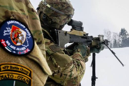 US Army 82nd Brigade Engineer Battalion, 2nd Armored Brigade Combat Team, 1st Div, Weapons Training with Danish Army in Estonia (US Army, 2018)