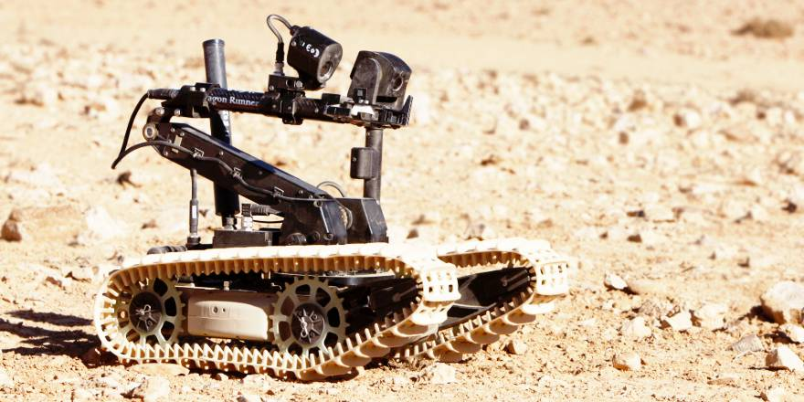 AWE 18 Autonomous Warrior (Land) launched at RUSI Land Warfare conference