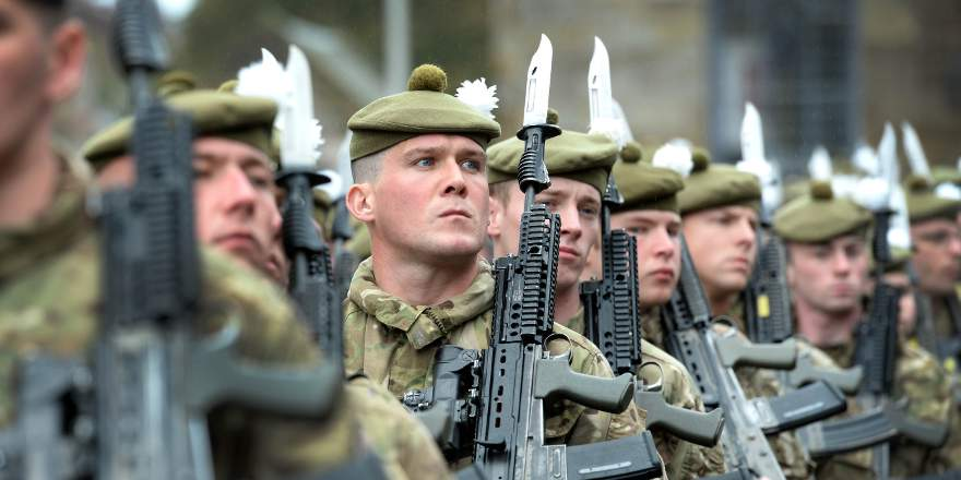 British Army, Royal Regiment of Scotland, 2nd Battalion (2 SCOTS), parade in Penicuik (Crown Copyright, 2018) [880]