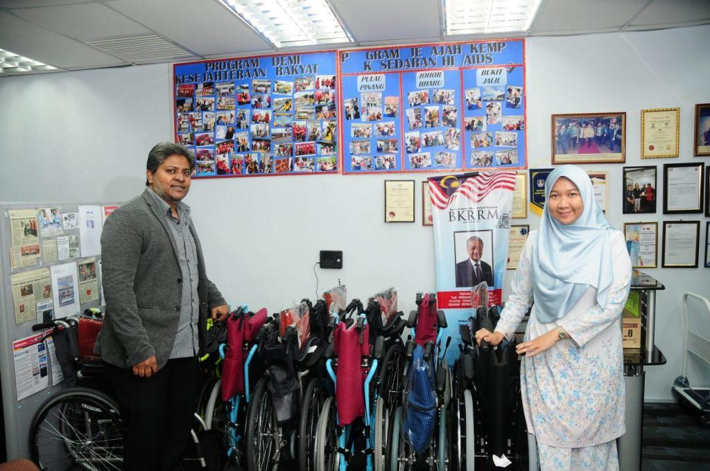 PKRM Supports Charity By Donating Wheelchairs to the Disabled