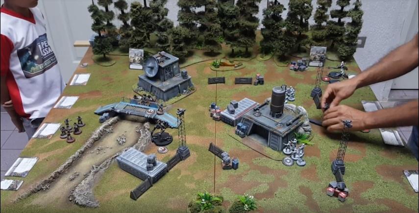 Nuestros amigos de Miniaturas Estadio Wargame jugando Star Wars Legion