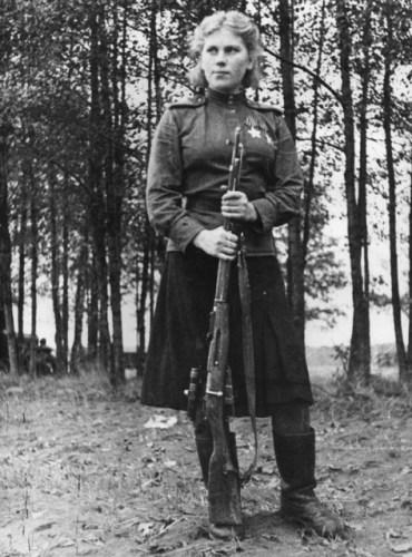Roza_Shanina,_1944