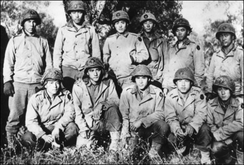 """Members of the """"Lost Battalion"""" posing with some of the 442nd"""