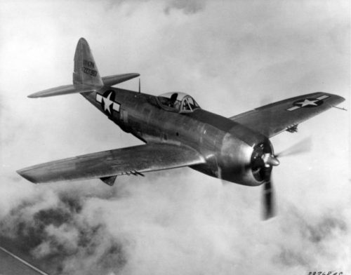 The P-47 Thunderbolt, the type of aircraft Davis flew during World War II.