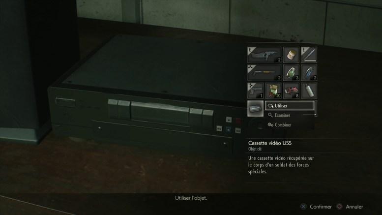 aperçu Resident Evil 2 Remake une cassete vidéo en train d'être lue dans un magnetoscope