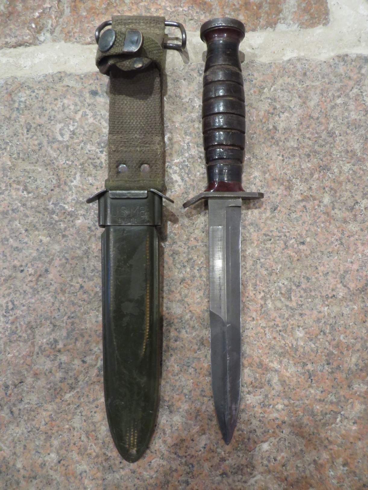 Us M3 Knife With M8 Scabbard