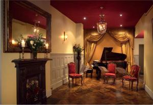 "Chopin & Champagne |  ""The Preludes"" @ 1901 Arts Club 