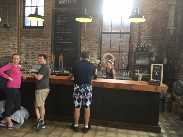 Monument City taproom