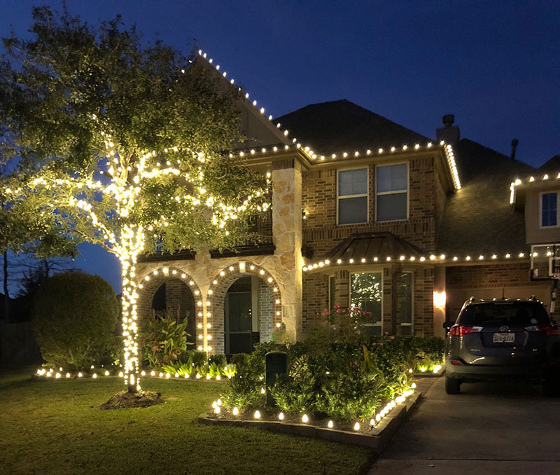 Best Professional Christmas Light Installations Kingwood ... on Warrens Outdoor Living id=37033