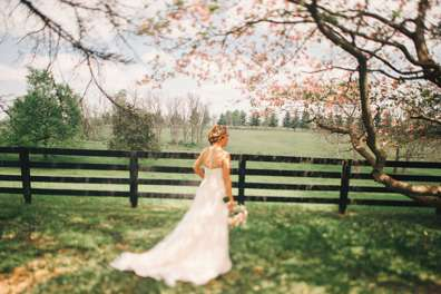 Bride at Warrenwood Manor in the spring