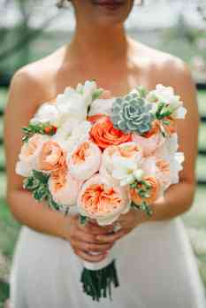 Pastel spring bridal bouquet by Doug Smith Designs, Photo by Cassie Lopez Photography