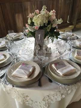 Vintage vibes tablescape with soft florals. Christy Lee Photography. Swan's Landing Flowers.