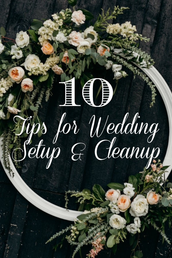 Tips for wedding setup and cleanup, flowers by Fields in Bloom, photo by Brandi Potter Photography
