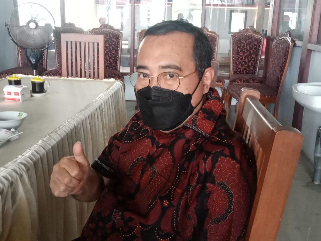 Anggota Komisi lX DPR Yahya Zaini Vaksinsasi di Jombang