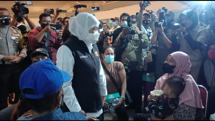 Gubernur Khofifah Apresiasi Polda Jatim Lakukan Vaksinasi Tuna Wisma