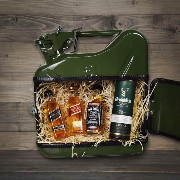 5l Kanister Bar grün Das Whiskyversteck Aus Retro-Benzinkanistern Titelbild