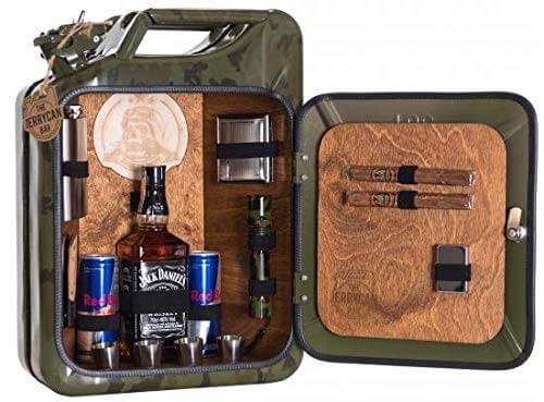 Die Jerry Can Bar für echte Kämpfer Wood 1