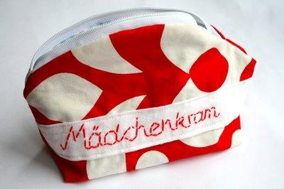 DIY Mädchenkram Täschchen | mit der Hand gestickt | waseigenes.com DIY Blog