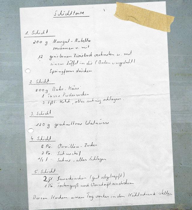 Rezept: no bake Schichttorte mit Nutella, Zwieback, Frischkäse, Kirschen, Sahne & Nüsse | ©waseigenes.com