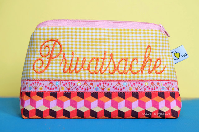 Schminktaeschchen-waseigenes-Aloha-Hamburger-Liebe-Privatsache