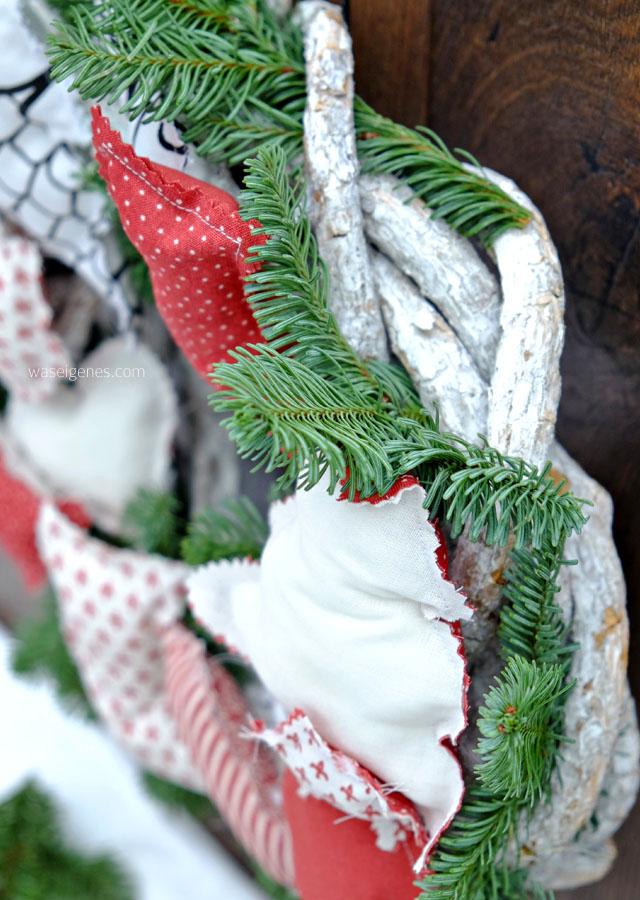 Weihnachtskranz 2016 | Türkranz | Genäht | Weihnachtsbäume, Stiefel, Sterne, Glocken, Trompete, Herzen | waseigenes.com