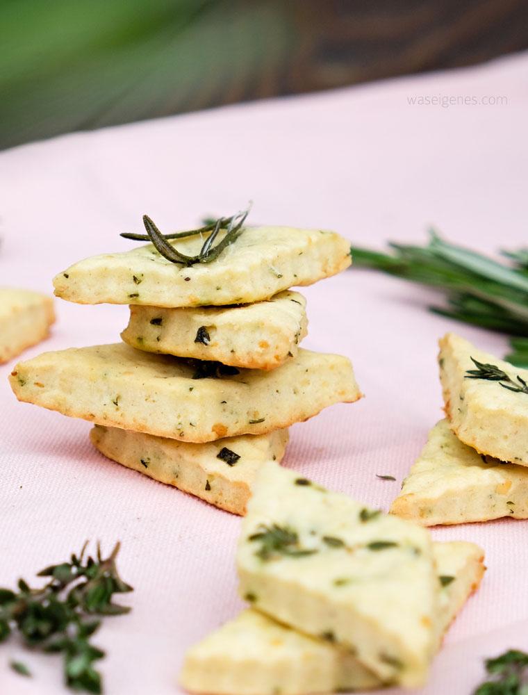 Geschenke aus der Küche: Parmesan Kräuter Cracker