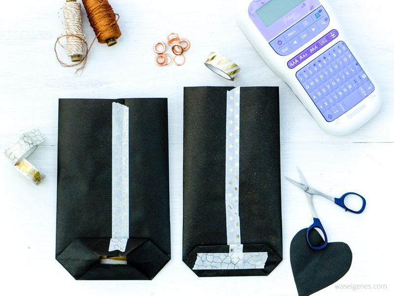 Bastel- und Faltanleitung Papiertüten mit selbst gedruckten Textillabel für scharfe Weihnachtsnüsschen   waseigenes.com DIY Blog