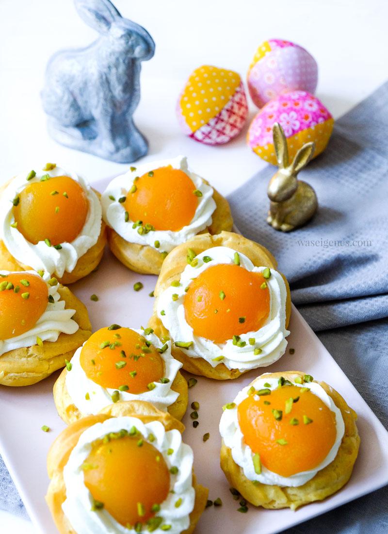 Süßes für die Ostertafel - Thermomix Rezept: Spiegeleier Windbeutel mit Aprikosen und einem Klacks Sahne.