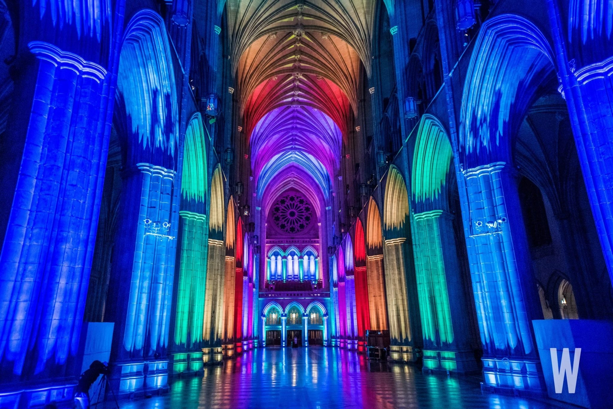 Photos The Washington National Cathedral Was Lit Last