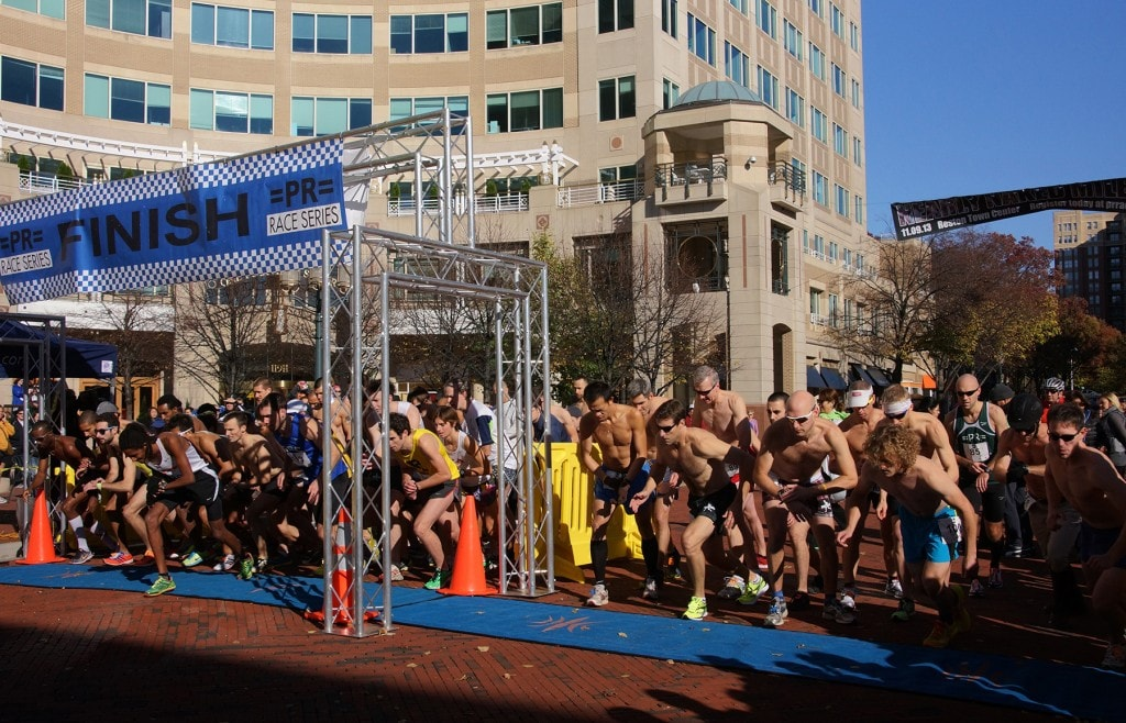 The start of the men's competitive race. (Leanne Littman)