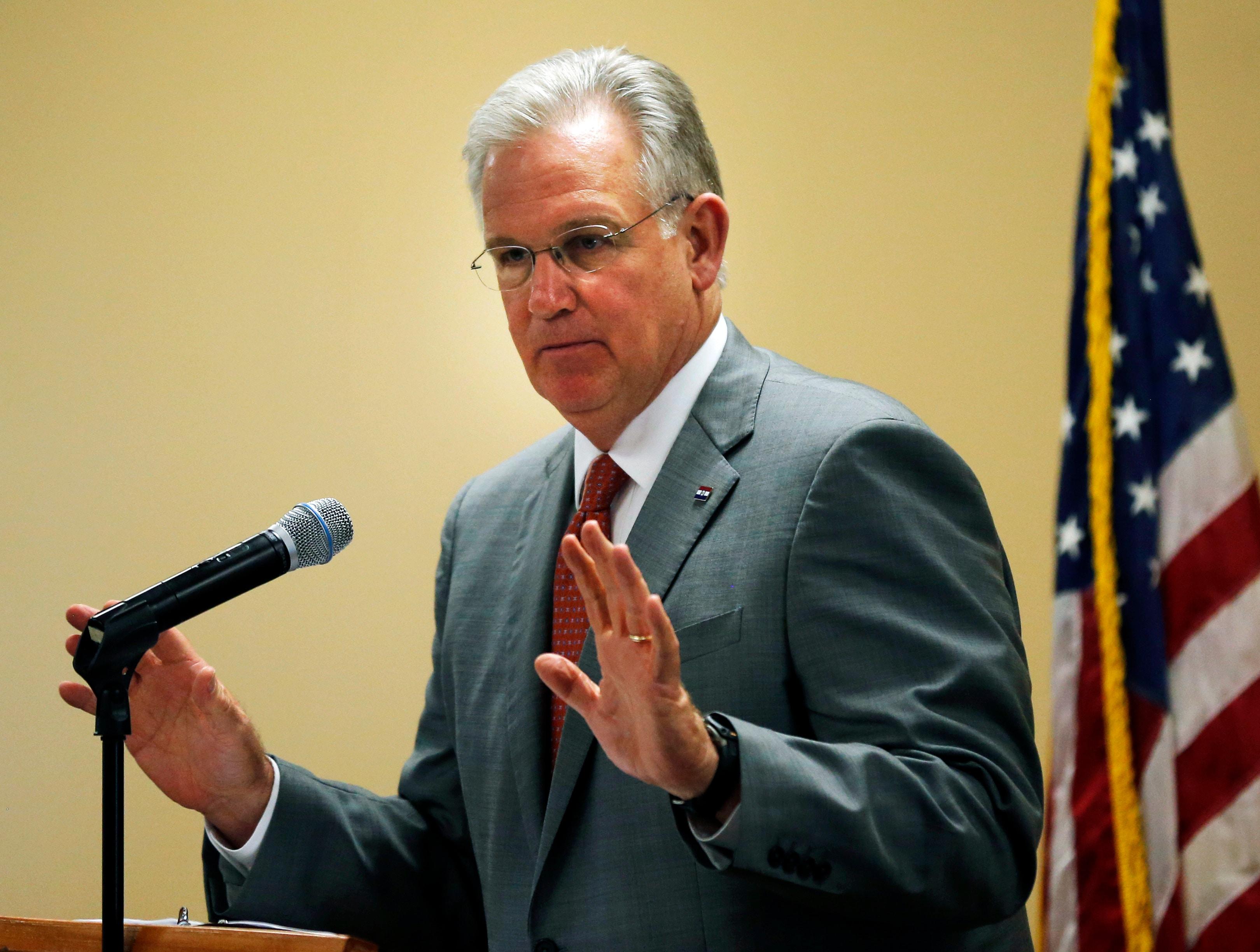 Missouri Gov. Jay Nixon (D) (Orlin Wagner/ AP)