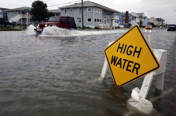 Flooding during Superstorm Sandy in 2012 (The Washington Post)