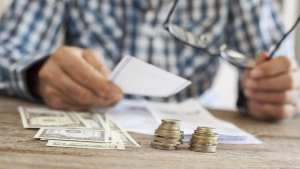 5 Common Financial Struggles Faced By People Over 60 The