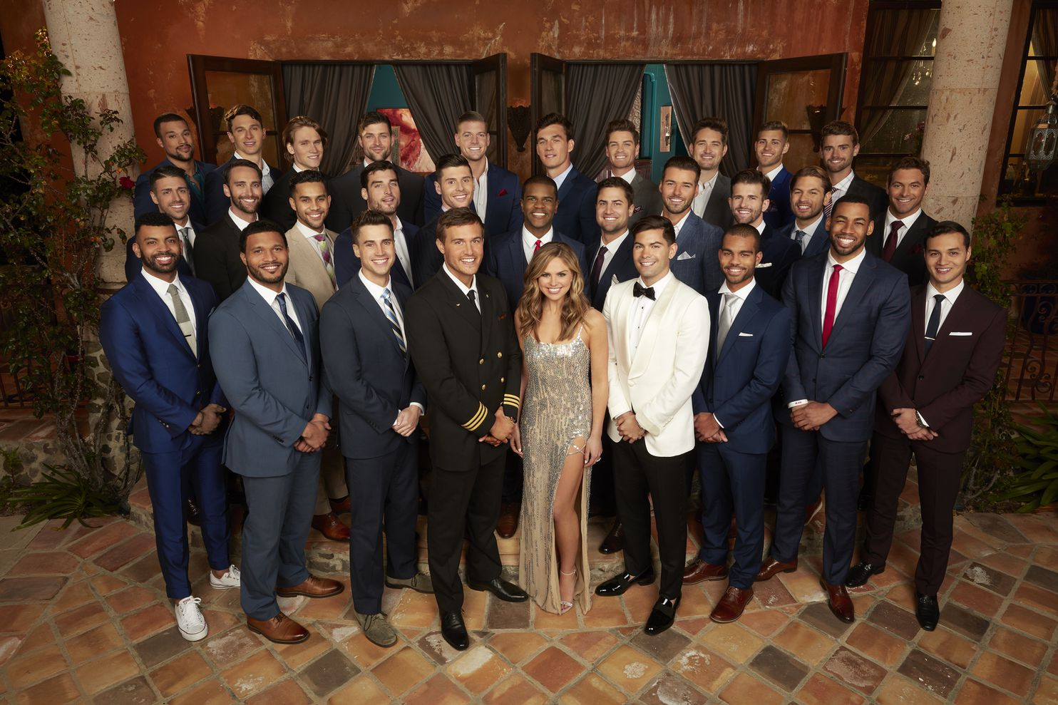 Hannah Brown Center Is The Star Of The 15th Season Of The Bachelorette Which Premieres Monday On Abc Craig Sjodin Abc