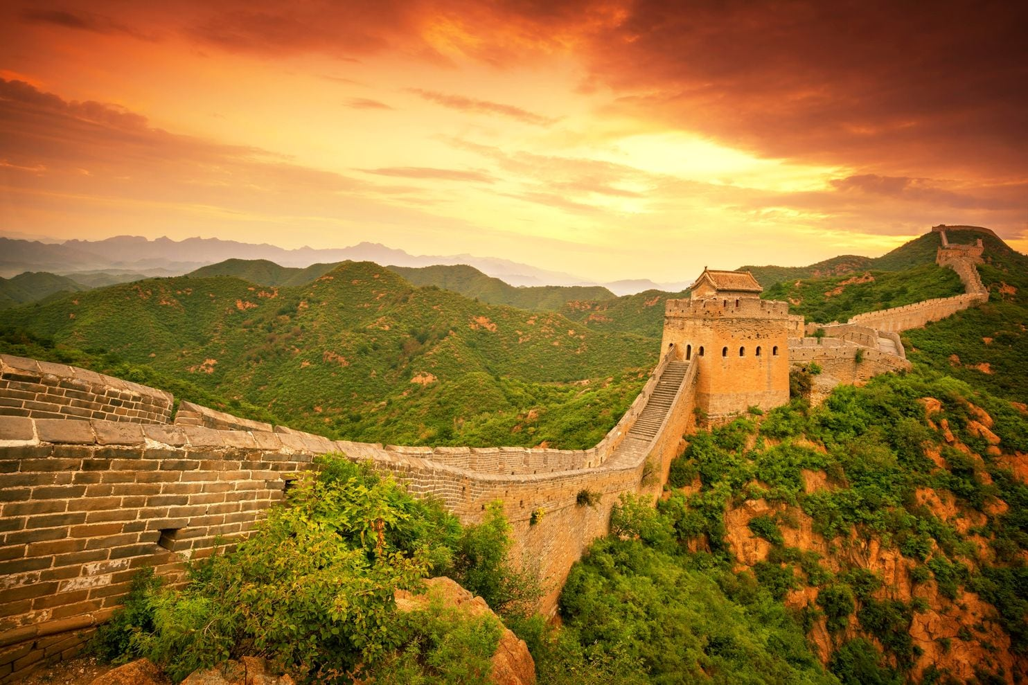 China S Great Wall Is Crumbling Now Architects Are