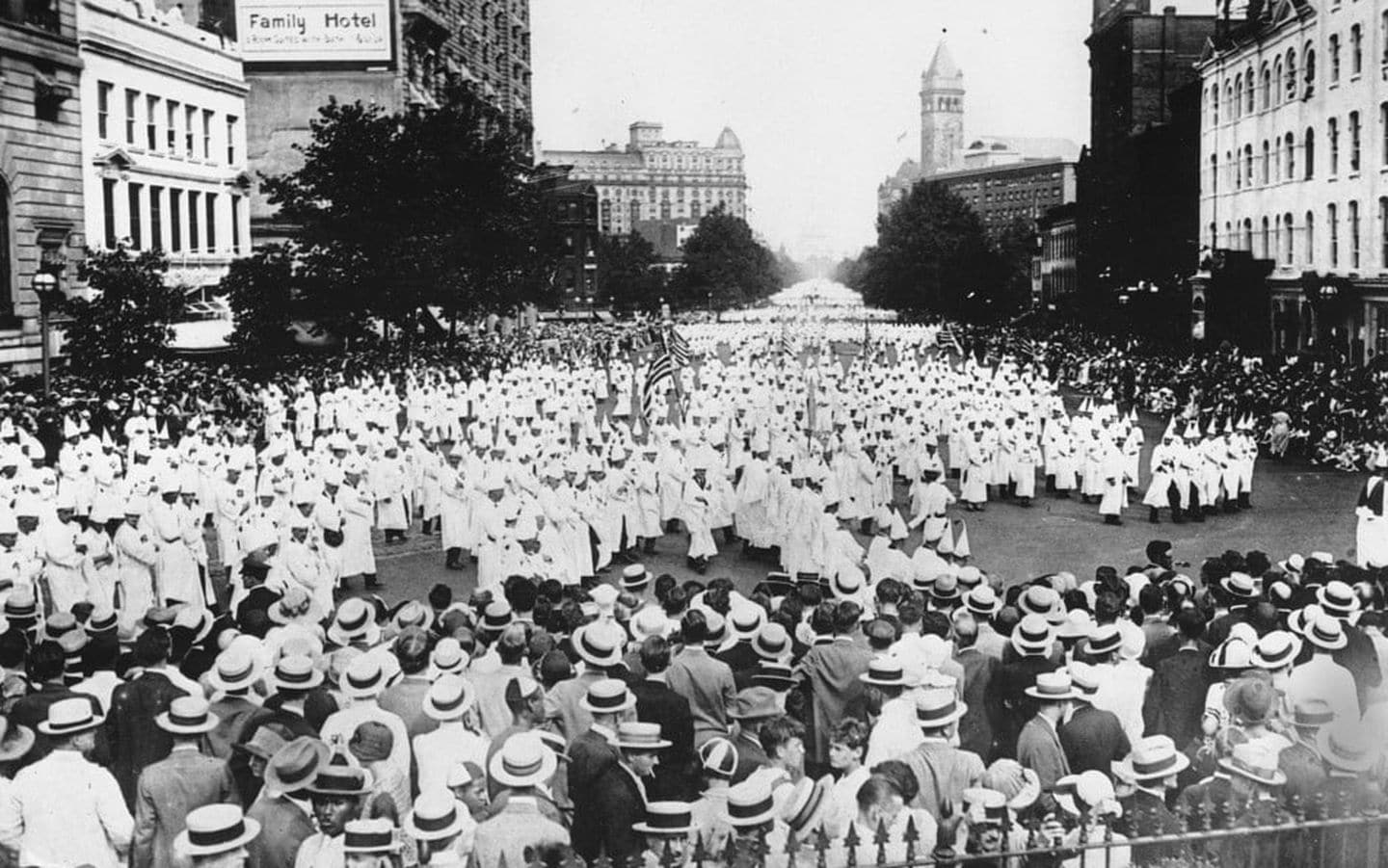 Decades Before The Unite The Right Rally 30 000 White
