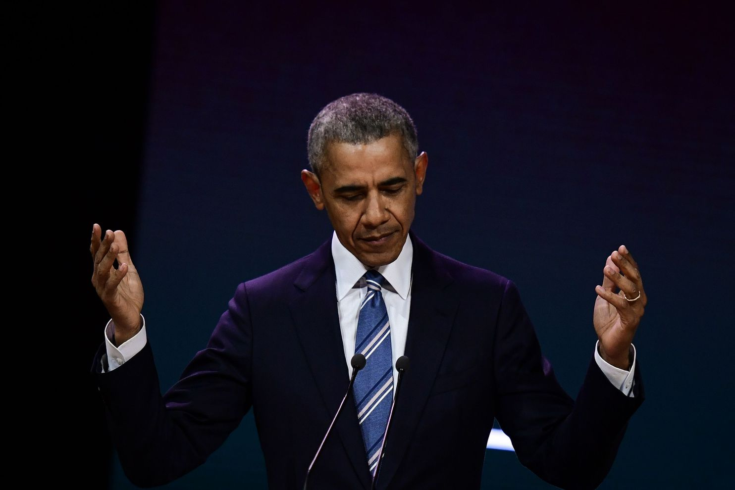 Barack Obama S Summer Reading List Is Everything We Need Right Now