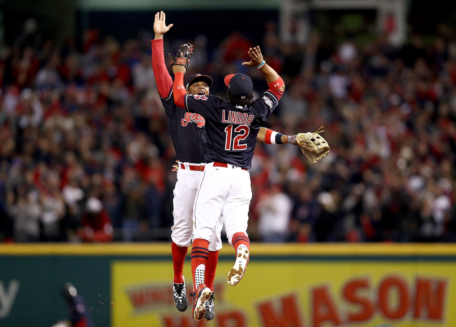 Francisco Lindor's two-run HR powers Indians over Blue ...
