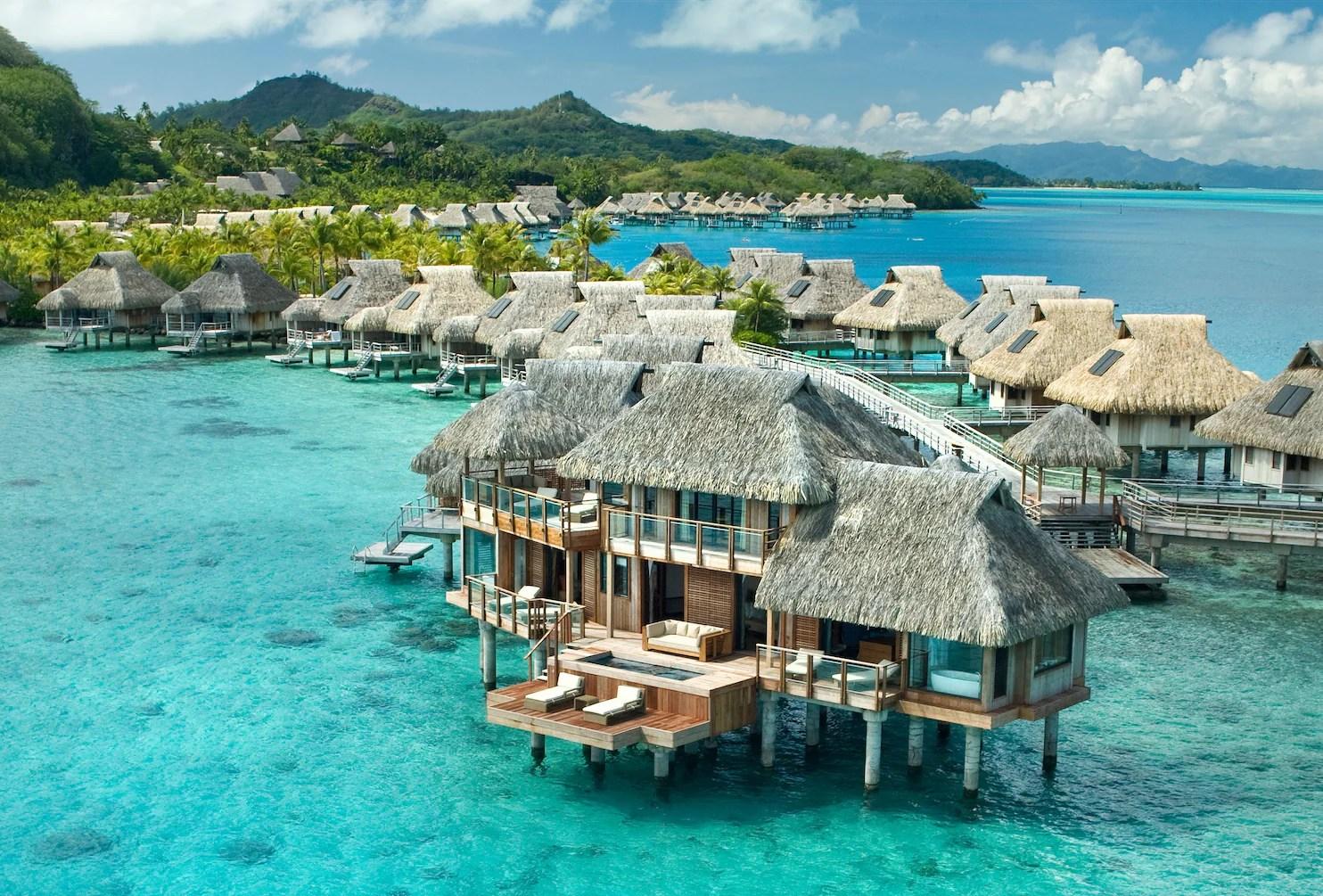 Nui Resort Bora Bora Bungalow