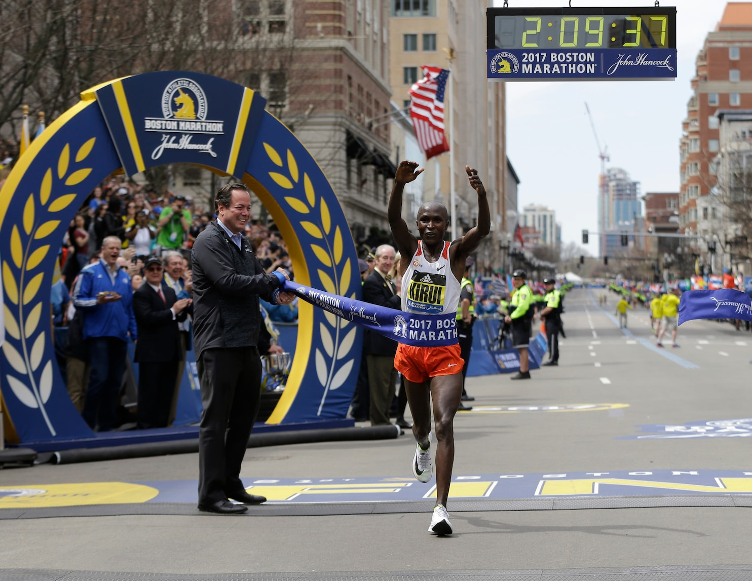 Boston Marathon 2017 Geoffrey Kirui Tops Galen Rupp And